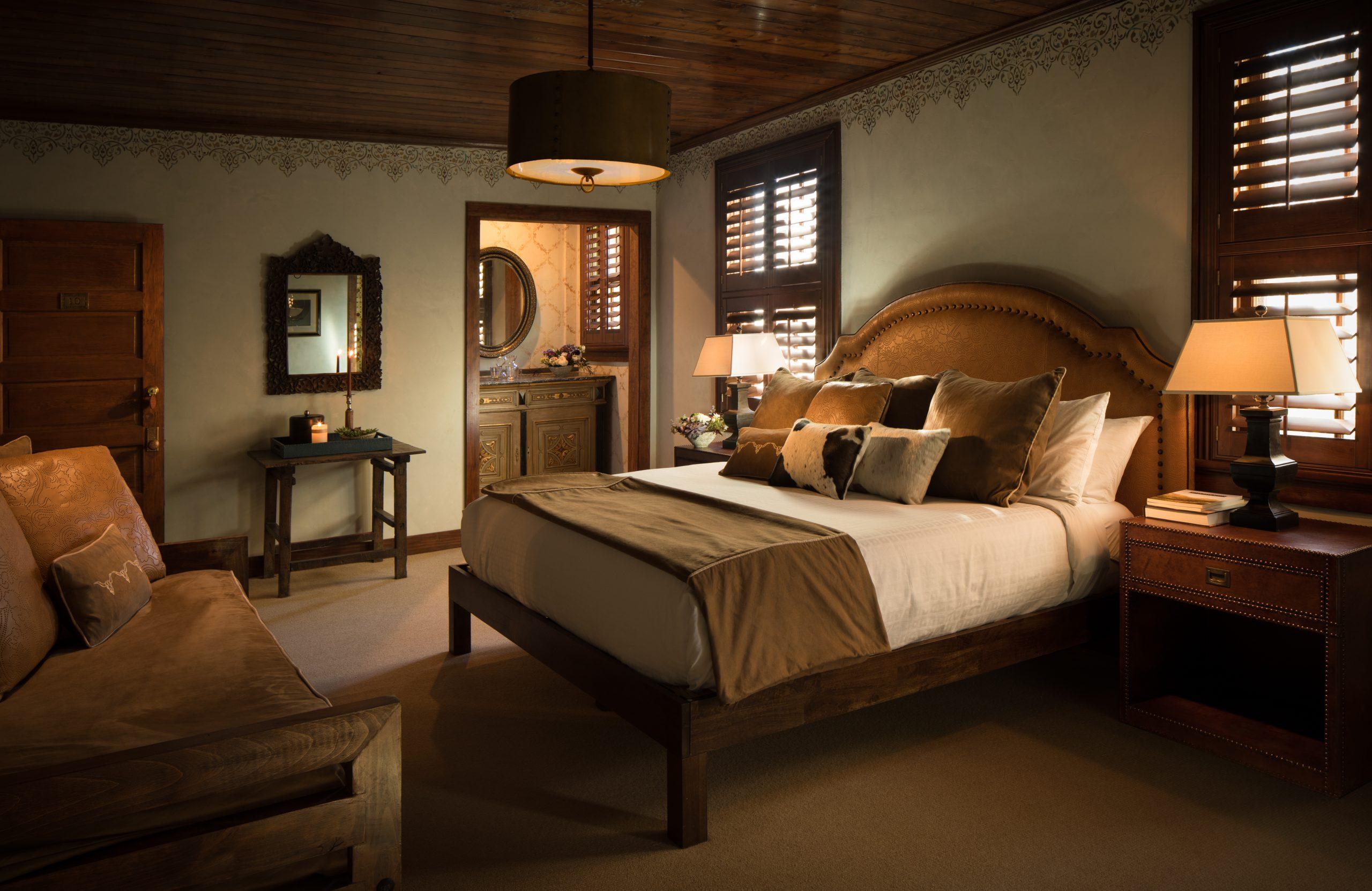 JRP_Historic Hotel Room 2